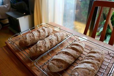 IMG_6973.jpg−2 18・9・17玉葱ときのこのパン
