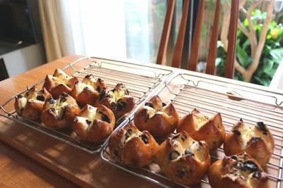 IMG_7010.jpg−2 18・9・23オレオとクリームチーズのパン