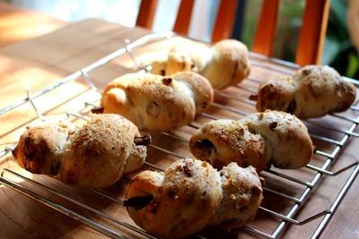 IMG_3735.jpg−2 17・1・16ごぼうパン