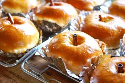 jpg−2 16・10・20りんごパン