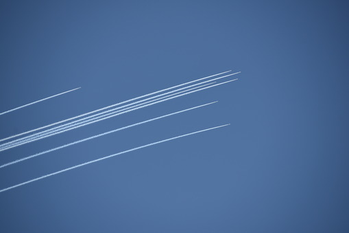 飛行雲 2