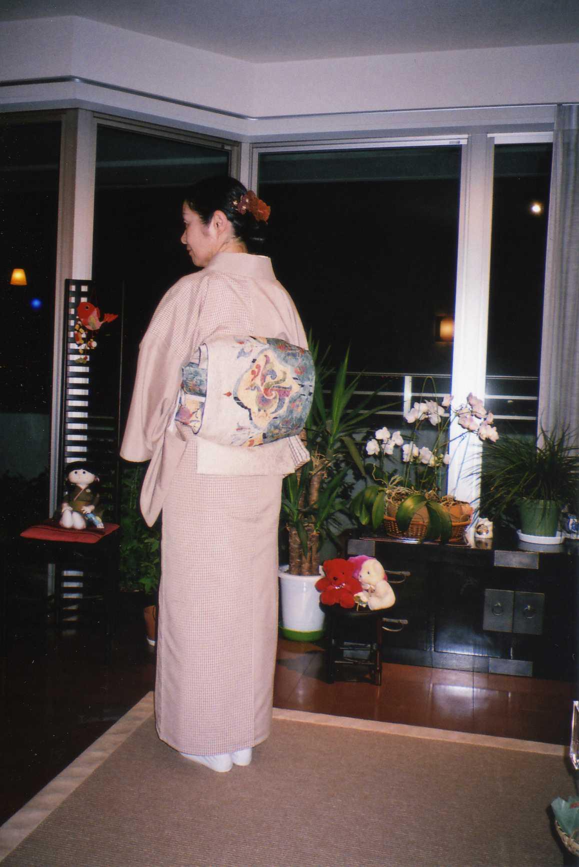 藍川京」の部屋 : 塩沢紬と纐纈...