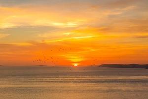 sunset-2244642_640