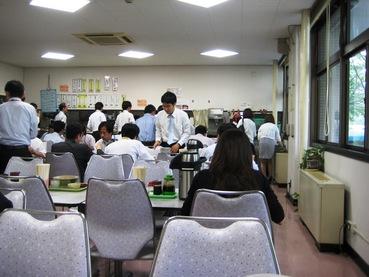 税関食堂4
