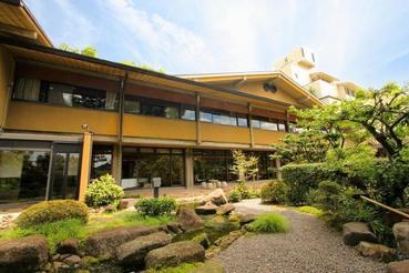 税関食堂1