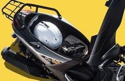 ヘルメットをバイク (2)