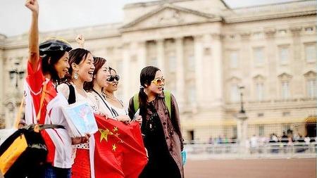 9-14_chinese_tourist_3