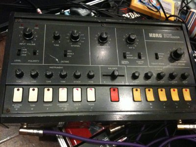 X-911 Guitar Synthesizer