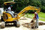 練習場回収工事のユンボー
