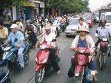 街はバイクがわんさか!