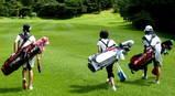 関西ジュニアゴルフ(バッグ担いで)