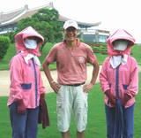台湾ゴルフ場青木氏キャディさんと
