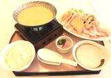 国産・豚の豆乳若草鍋(1380円)