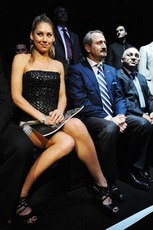 xnews2-Anna Kournikova - Istanbul Fashion Week Upskirt