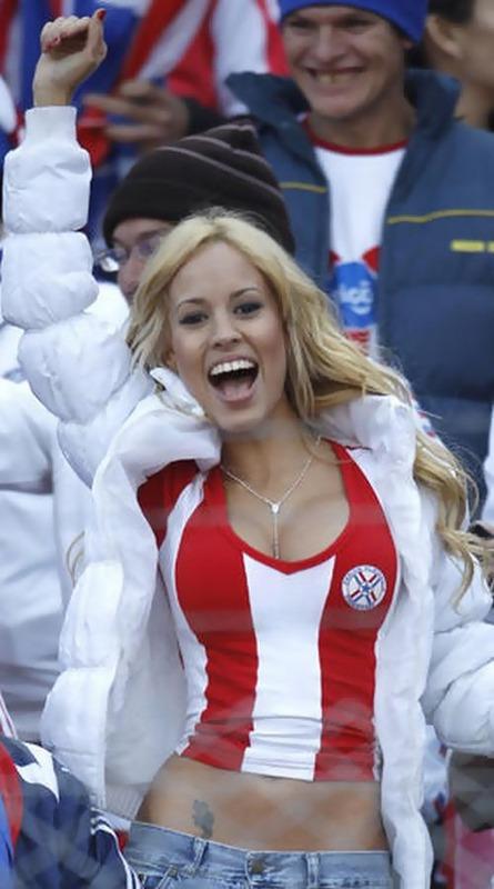 Paraguay Fans - Copa America 2011 (14)
