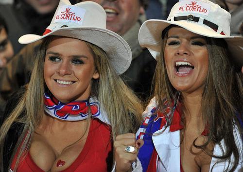 Paraguay Fans - Copa America 2011 (10)