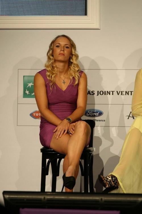 Caroline Wozniacki - upskirt wta championships (1)