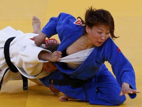 olympicslip Judo nip slip