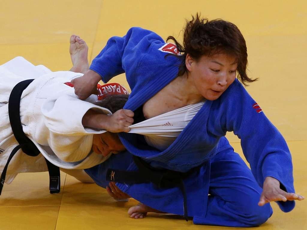 柔道 乳首 olympicslip Judo nip slip