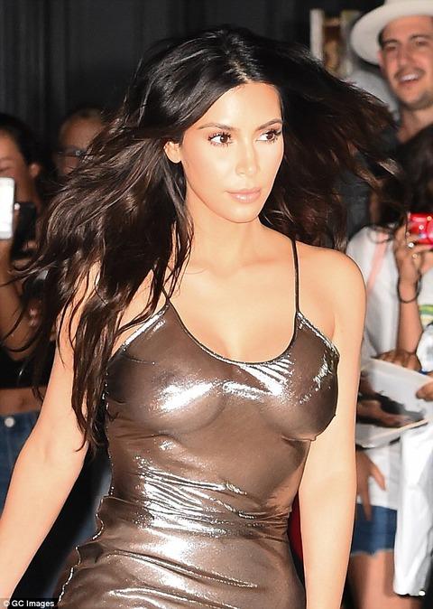 kim-kardashian-sheer-metallic-dress-04
