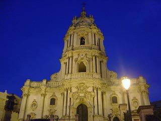 モディカ サンジョルジョ大聖堂 夜