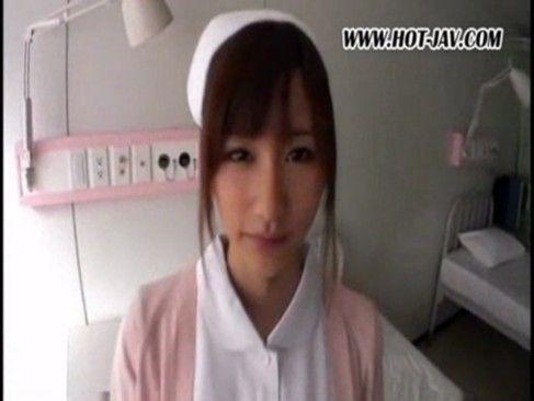 【潮ふき・オナニー動画】絵色千佳のH無料動画。[絵色千佳]リアル白衣の天使!ぐうかわ看護士と誰もいない病室でwww