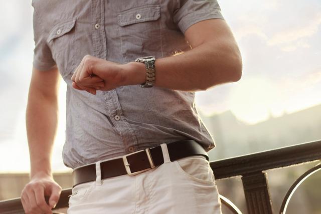 fashion-man-wristwatch-model