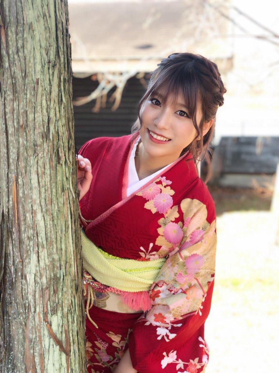 洋服が素敵な神崎紗衣さん
