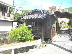 渡瀬地蔵堂01