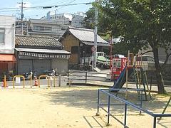 中小島地蔵堂01