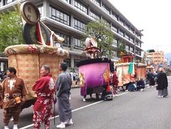 傘鉾パレード01