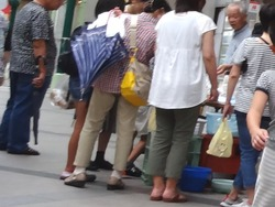 100円笑店街02-2
