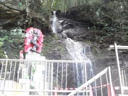 八十八尺の滝02