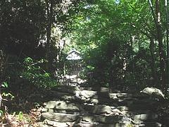 木鉢神社05