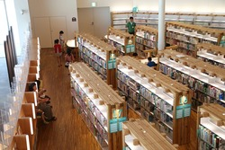 新県立図書館03