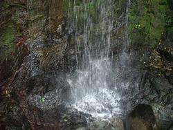 八十八尺の滝00