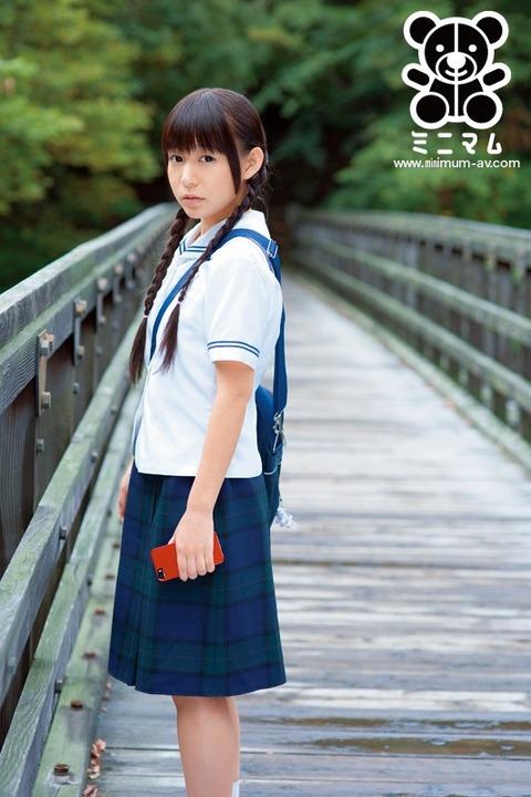 小西まりえ-140101-10
