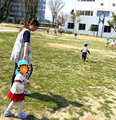 こふく卒業生と園児4