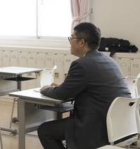入試課阿見俊輔さん