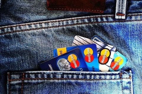 credit-cards-1583534_640