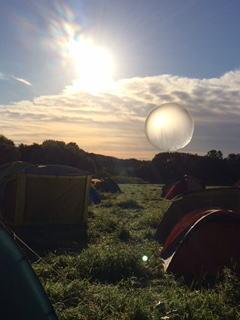 トビウキャンプ気球アート