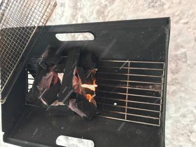 冬キャンプ炭火