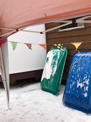 冬キャンプそり