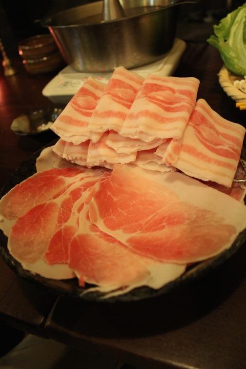 14年2月沖縄〜hotel cavaでのアグー豚夕飯と星空と蛍