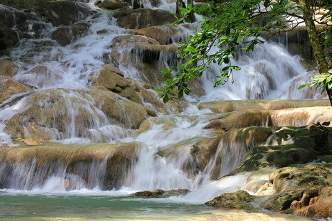 Blue_Hole_&_Dunn's_River_Falls_Combo_from_Negril__52376_zoom