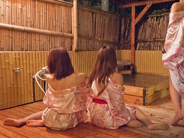 伊豆長岡温泉 ピンクコンパニオン画像