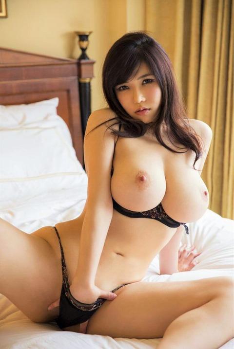 anri-okitas-fantastic-titties-3