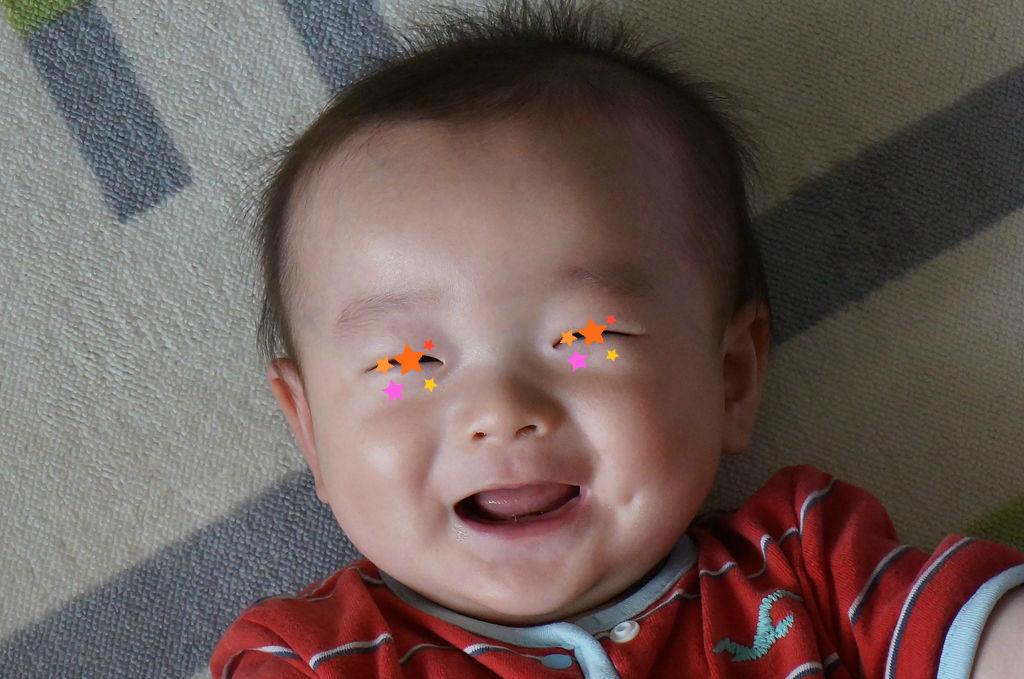 歯がないのでおじいちゃんみたいな笑顔を見せてくれているチョボですが、今日は人生初の発熱・・・だったかもです。