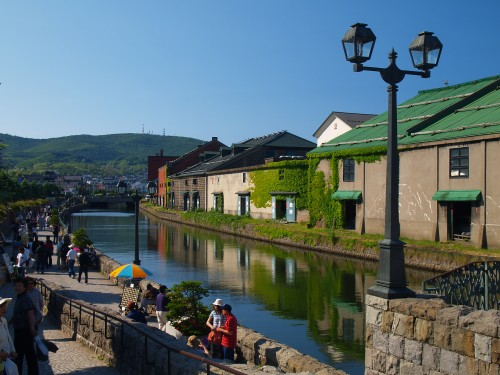 ベタな昼下がりの小樽運河〜夏バーション