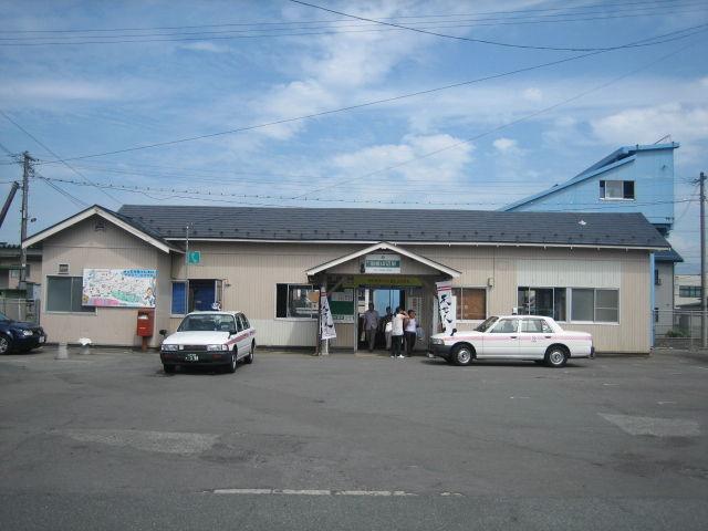 左沢線-2:羽前山辺駅 : 停車場...